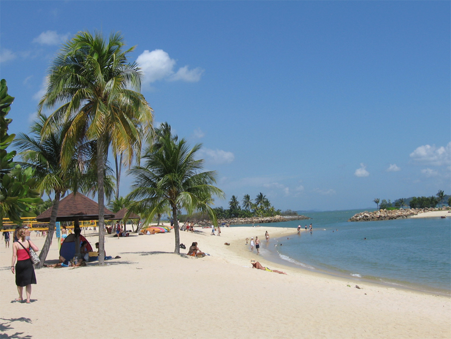 Пляж TanjongBeach