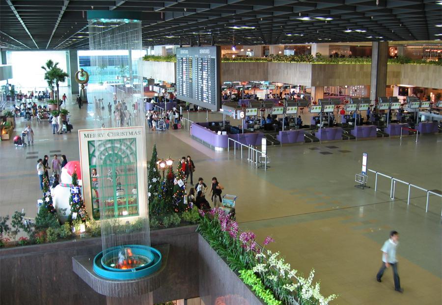 Фонтан в аэропорту Чанги