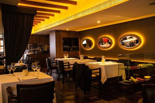 Ресторан Absinthe