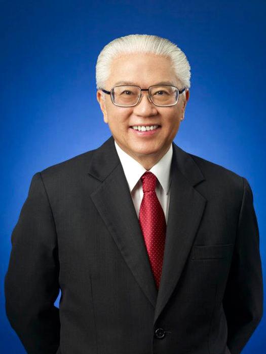 Действующий президент Сингапура - ТониТанКенЯм