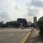 По дороге в город