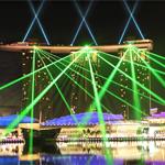Лазерное шоу в Сингапуре